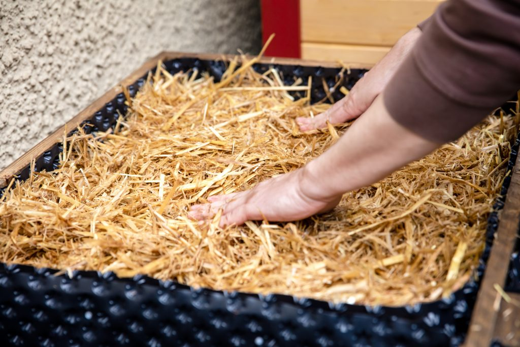 Straw substrate